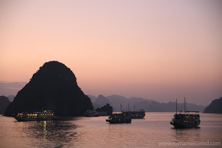 Ha Long Bay – Zatoka Latającego Smoka